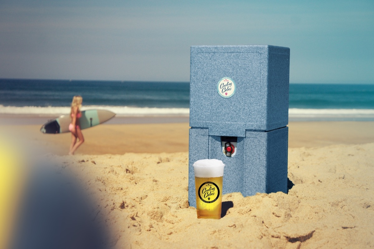 Cooling Cubes Point Break am Strand