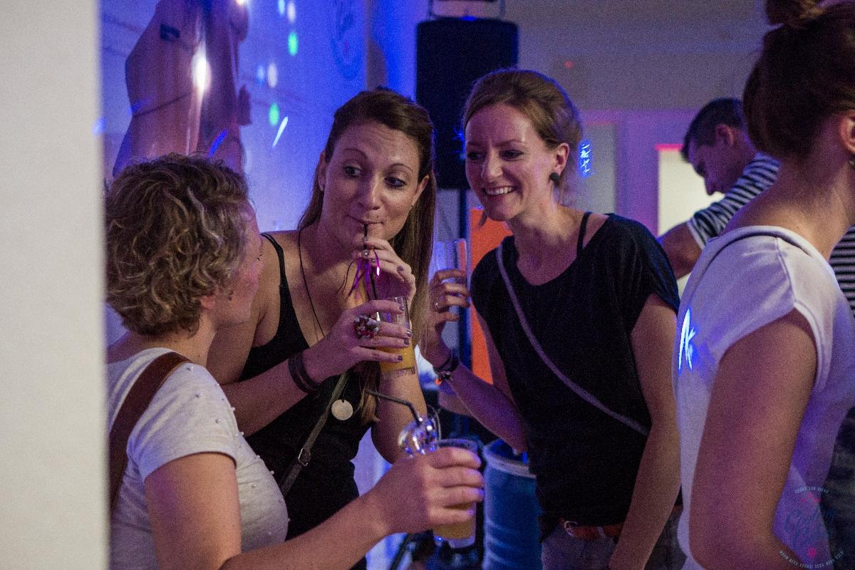 Kühlschrank Party : Cooling cubes shop kühlbox für liter partyfässer bierfass